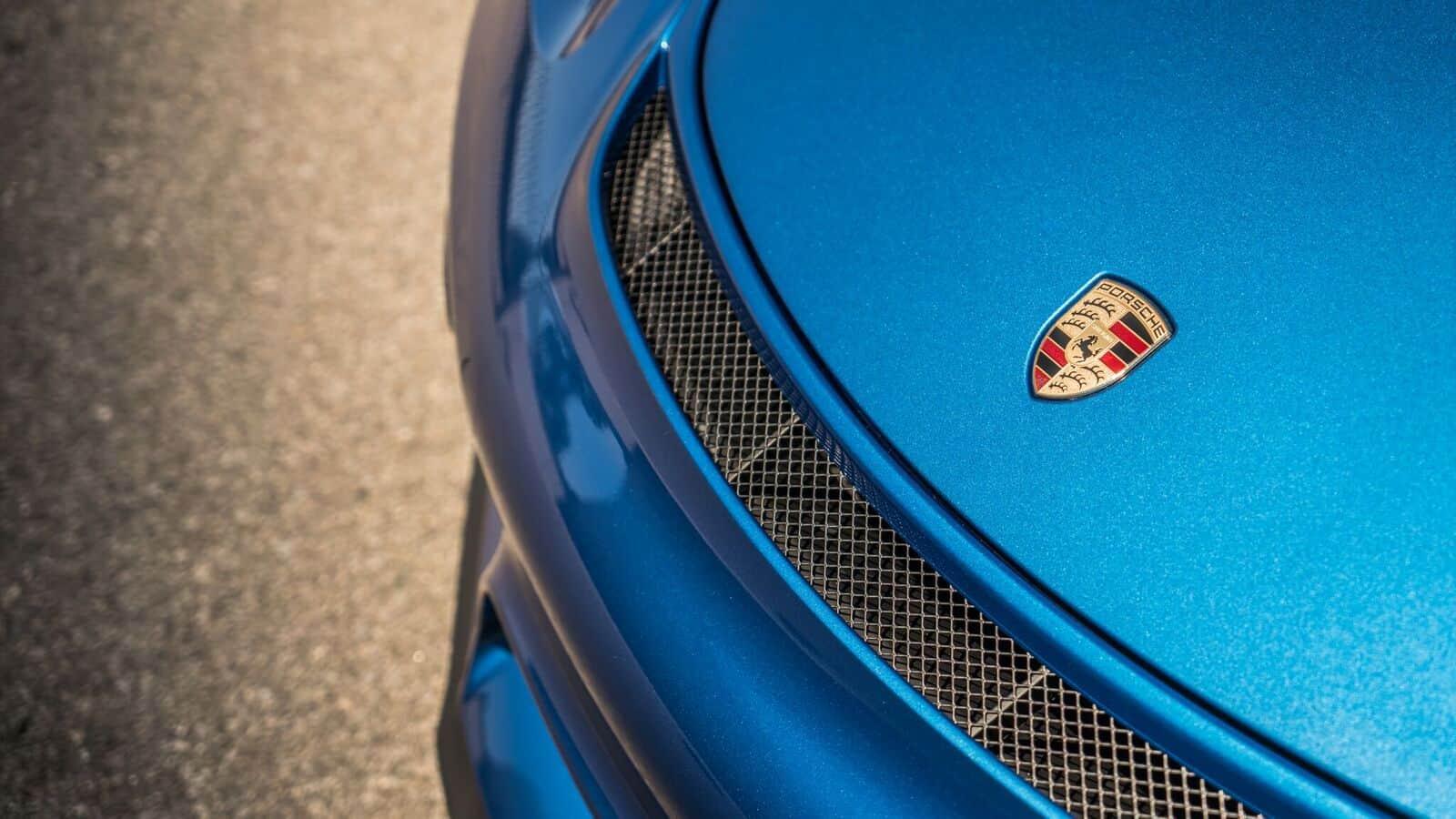 Porsche GT4 up close